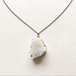 Jewelry - Large quartz cluster pendant necklace